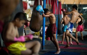 muay thai child fighter